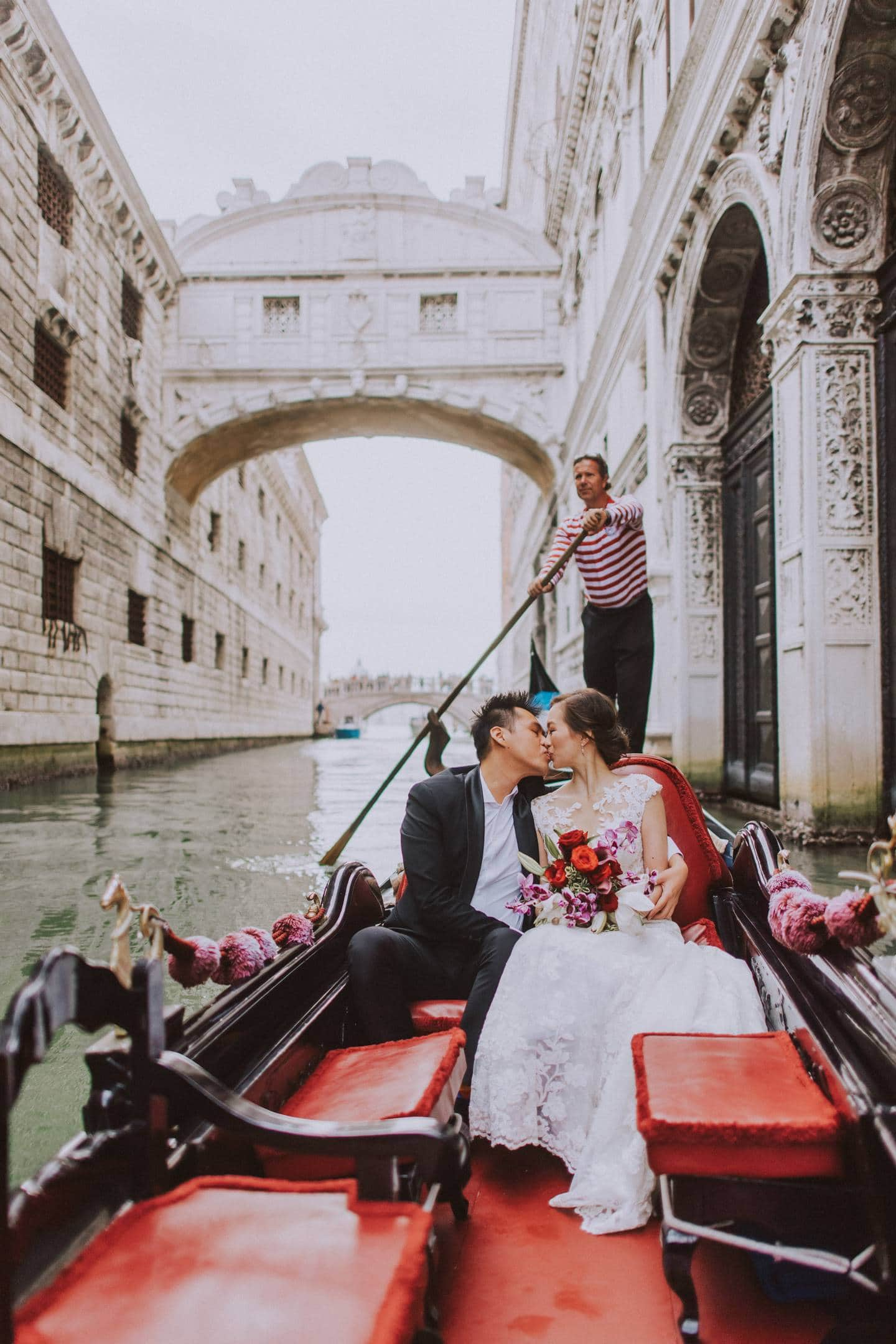 luxury honeymoon shooting by night hotel danieli doges palace